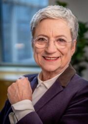 Bauer-Jelinek, Christine: Macht-Kompetenz in der Beratung - Teil 1